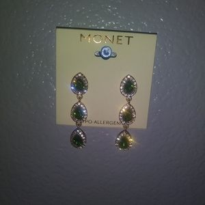 NWT Monet table hypo allergenic earrings